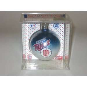 MINNESOTA TWINS (2 5/8 In Diameter) Multi Color CHRISTMAS