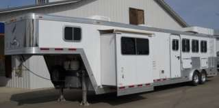 2006 Featherlite 4 Horse Trailer 14 Living Quarter with Slide Out